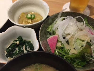 姫路 沖縄 Agu 本店 豚足定食 小鉢 サラダ
