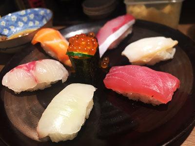 明石 パピオス 立ち食い寿司 鶴亀 盛合せ 7貫