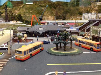 宍粟市 いろり鉄道 鉄道とバス ロータリー