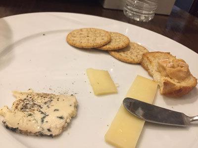姫路 ワイン バル kagen チーズ盛合せ