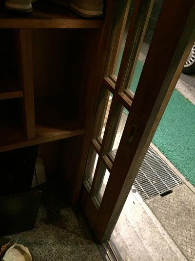 姫路 十二所前 ラーメン ごますり屋 下駄箱