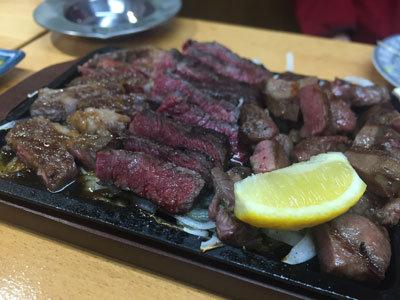 加古川 肉家 まるまさ 大浦ミート 肉三種盛り