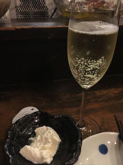 明石 立吞み たなか屋酒店 スパークリングワイン