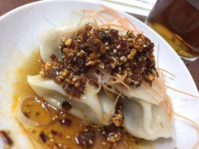 明石 台湾料理 群ちゃん 水餃子 ラー油