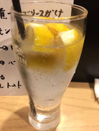 姫路 立吞み 卯の助 凍りレモンチューハイ