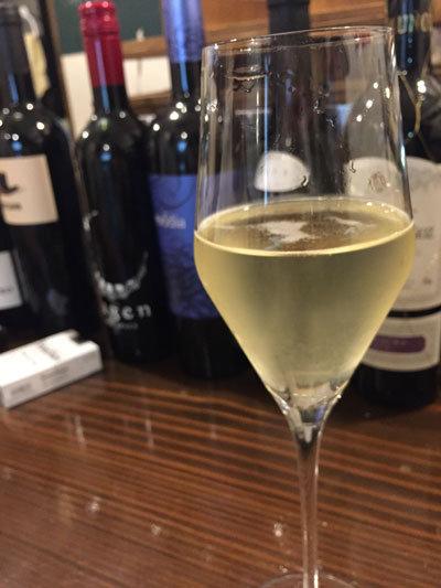 姫路 ワイン バル kagen スパークリングワイン