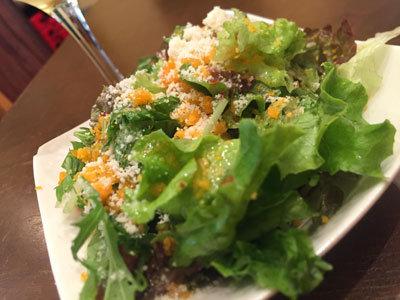 神戸 元町 ちーず屋 サラダ