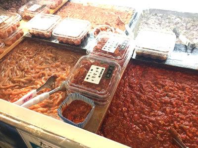 明石 魚の棚商店街 イカの塩辛