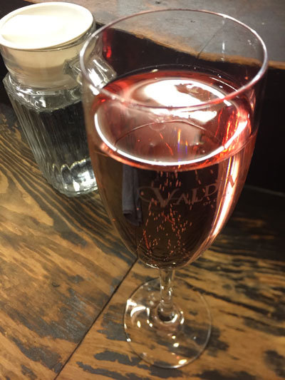 明石 立呑み たなか スパークリングワイン