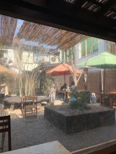 姫路 カフェ SOL 外席