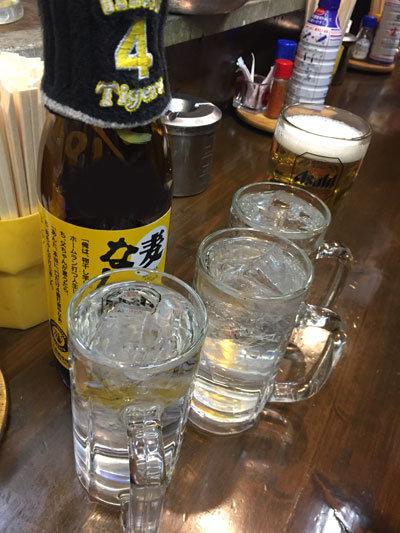 神戸 立吞み 岡八 ゼファー兄さんのボトル
