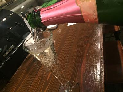 姫路 イタリアン BAR mariamaria スパークリングワイン
