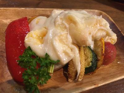姫路 バル TSUMUGIYA ラクレットチーズ