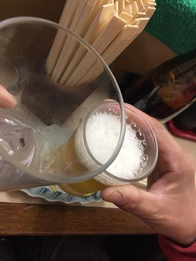 アッキンと乾杯