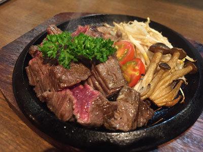 姫路 肉 チーズバル TSUMUGIYA 但馬牛ステーキ