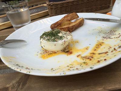 姫路 mornning table エッグベネディクト 卵