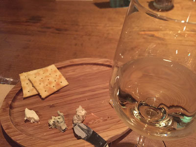 姫路 ワイン bar eka 白ワイン