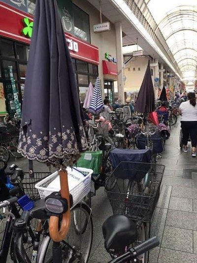 大阪のおばちゃん さすべえ