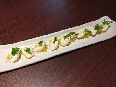 姫路 ステーキ&ハンバーグ 富士亭 たくあんとクリームチーズ