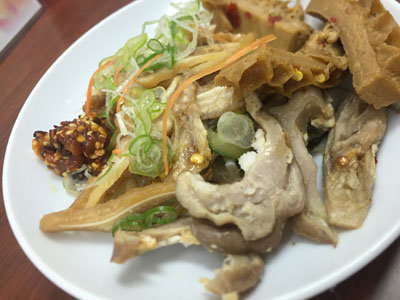 明石 パピオス 台湾牛肉麺 群ちゃん ホルモン
