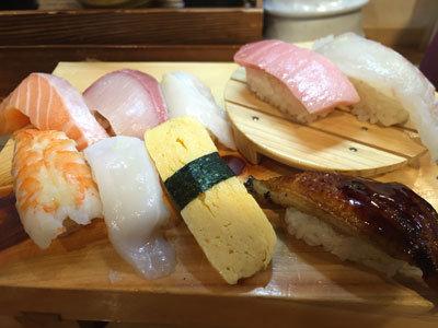 姫路 立ち喰い寿司 魚路 上にぎりセット