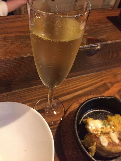 姫路 バル BAILA スパークリングワイン