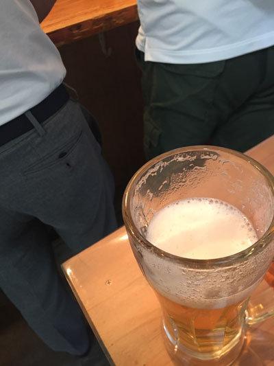 姫路 おみぞ筋 餃子 立呑み 英洋軒 生ビール
