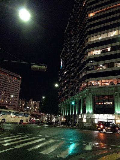 神戸 満月の夜