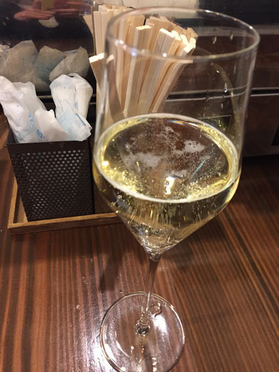 姫路 ワインバル kagen スパークリングワイン