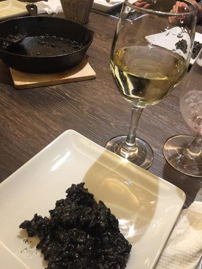 姫路 ジビエ料理 Pinari 白ワイン