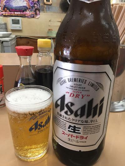 神戸 新開地 冨月 瓶ビール