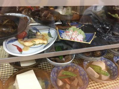 姫路 福十食堂 ショーケース