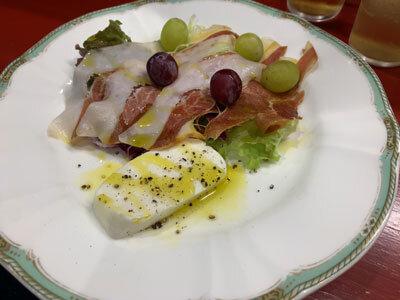 姫路 イタリアン ロカンダ 自家製水牛チーズ
