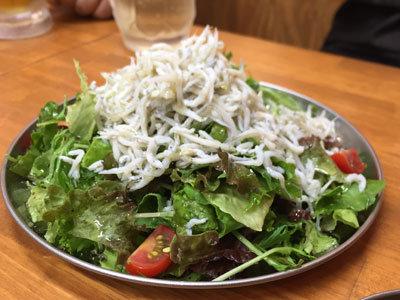 姫路 イタリアン酒場 MARUMASA しらすサラダ