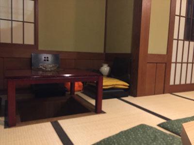 姫路 魚町 小鉢屋 だ~りん テーブル