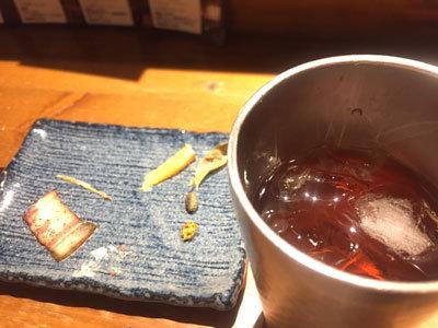 神戸 元町 焼鳥 とろ火屋 麦焼酎 ウーロン割