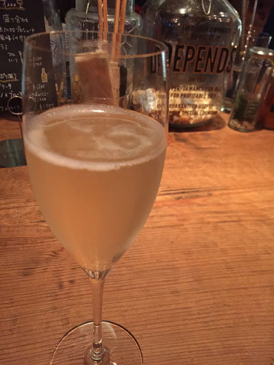 姫路 ワイン bar eka スパークリングワイン
