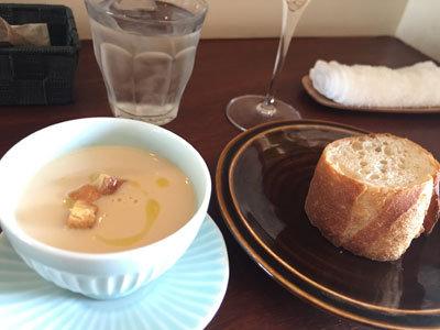 明石 イタリアン Bistro Logsea スープ
