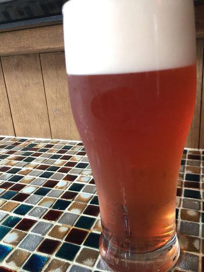 塩屋 CAFÉ SAATCHI(サーチ) ブルーベリービール