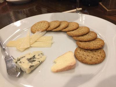 姫路 ワインバル kagen チーズ盛合せ