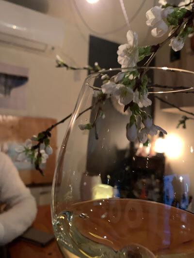 姫路 wine&cafe Reviere 桜ワイン