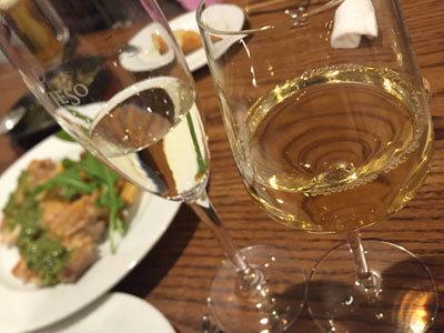 姫路 おみぞ筋 ワイン食堂 pino 白ワイン