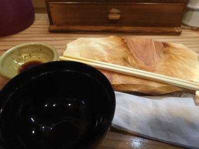 姫路 立ち喰い寿司 魚路 ととろ
