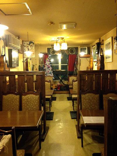 神戸 ラーメン からあげ 一心 二階