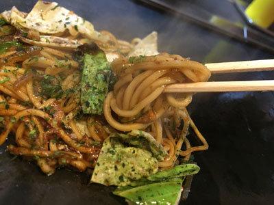 姫路 釜谷製麺 自家製麺 焼きそば 中太麺