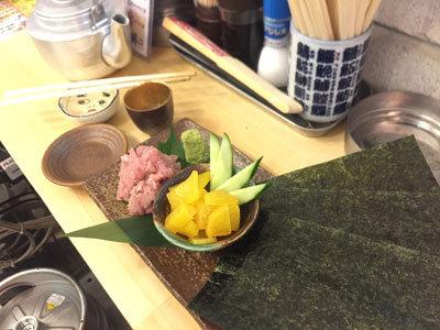 姫路 山陽電車高架下 立ち飲み 魚屋 とろたく