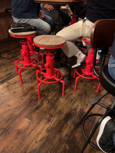 姫路 ウイスキー Bar Jamboree 椅子