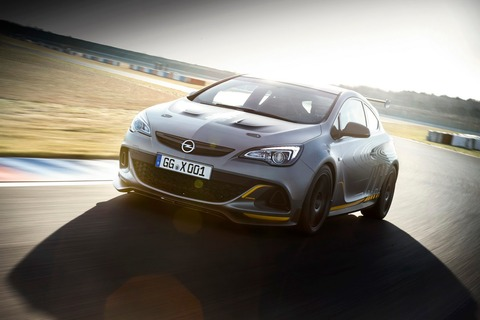 Opel-Astra-OPC-Extreme-19