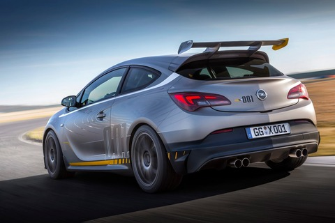 Opel-Astra-OPC-Extreme-16