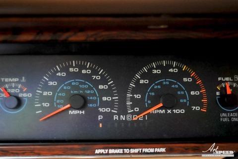 Oldsomobile-Custom Cruiser-Wagon-16[5]